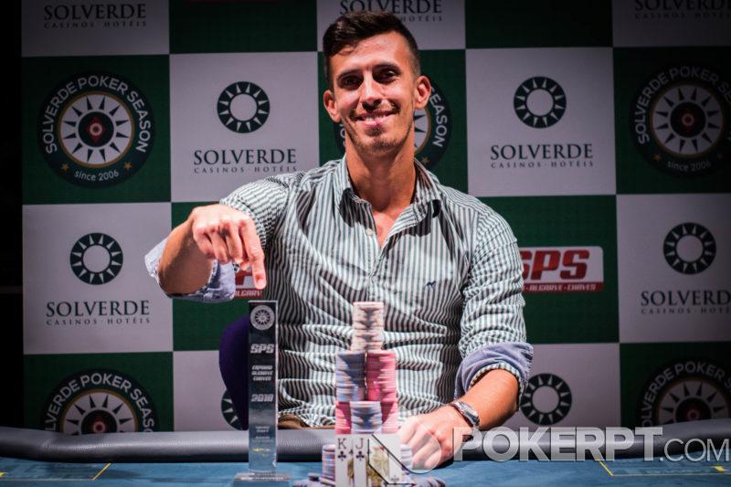Quero jogar poker gratis