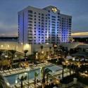 Brad Garrett terá a honra de abrir a nova sala de poker do Seminole Hard Rock Hotel & Casino Tampa