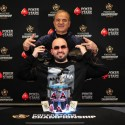 Bryn Kenney revoltado com os eventos da PokerStars, e vários jogadores concordaram