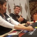 Leon Tsoukernik Bate Charlie Carrel em Sit&Go Heads-Up de $100.000