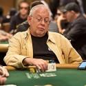 6 anos depois, Hall of Famer Lyle Berman chegou aos prémios nas WSOP e ainda facturou fora das mesas