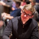 Fedor Holz chipleader, Sontheimer ITM no Poker Masters #5 Main Event